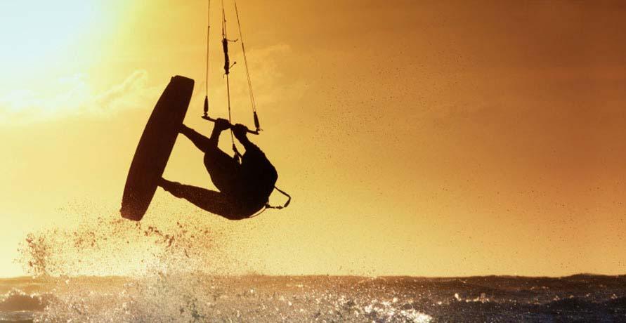Windsurfing & kitesurfing in Essaouira, Morocco